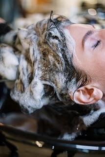 champú para lavar el pelo