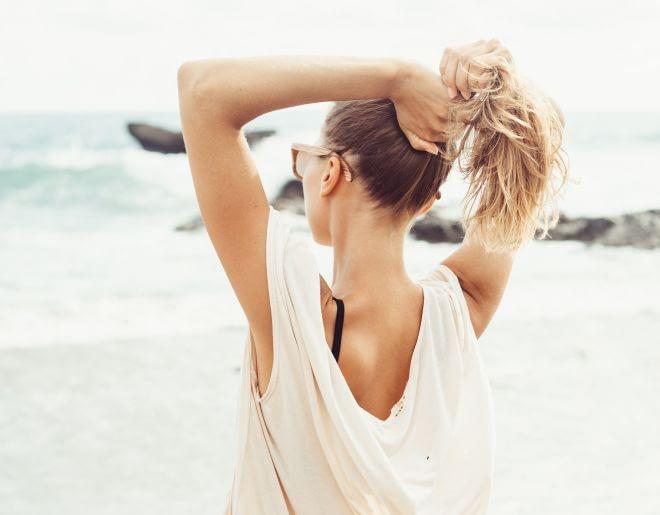 Proteja el pelo al sol