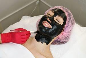 Black Mask también utiliza los mejores centros de belleza