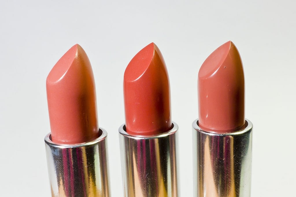 Pintalabios desnudos para maquillaje de labios de última hora