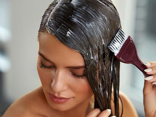 Cómo aplicar tinte de pelo